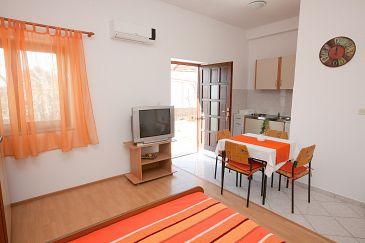 Studio flat AS-11074-c - Apartments Bibinje (Zadar) - 11074