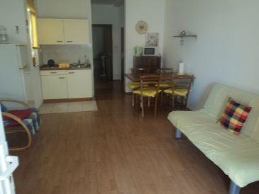 Brist, Living room u smještaju tipa apartment, dostupna klima, dopusteni kucni ljubimci i WIFI.