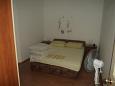 Bedroom - Apartment A-11078-b - Apartments Brist (Makarska) - 11078