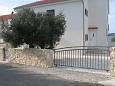 Parking lot Kanica (Rogoznica) - Accommodation 11086 - Apartments near sea.