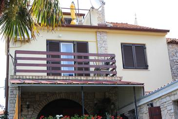 Property Ližnjan (Medulin) - Accommodation 11152 - Apartments and Rooms in Croatia.