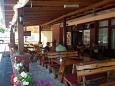 Podaca, Makarska, Courtyard 11155 - Apartments blizu mora with pebble beach.