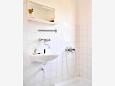 Bathroom - Apartment A-11178-a - Apartments Vrboska (Hvar) - 11178