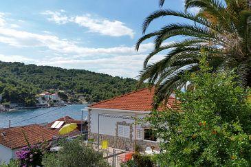 Property Stomorska (Šolta) - Accommodation 11198 - Apartments near sea with pebble beach.