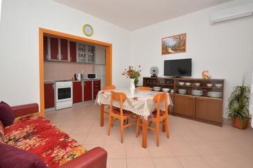 Zavalatica, Living room u smještaju tipa apartment, dostupna klima i WIFI.