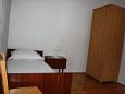 Bedroom 2 - Apartment A-11239-a - Apartments Mandre (Pag) - 11239