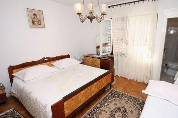 Arbanija, Sypialnia w zakwaterowaniu typu room, WIFI.