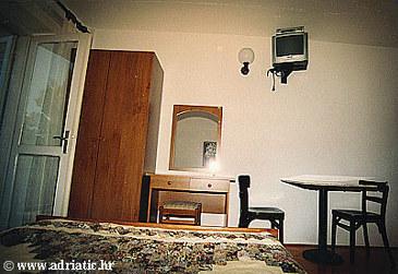 Medići, Dining room u smještaju tipa studio-apartment.