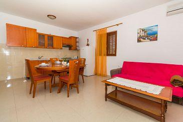 Apartment A-11327-b - Apartments Biograd na Moru (Biograd) - 11327