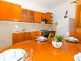 Kitchen - Apartment A-11327-b - Apartments Biograd na Moru (Biograd) - 11327