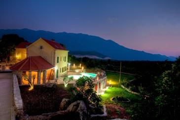 Property Bajići (Makarska) - Accommodation 11328 - Vacation Rentals with pebble beach.