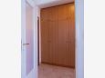 Hallway - Apartment A-11342-a - Apartments Cres (Cres) - 11342