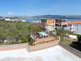 Courtyard Slatine (Čiovo) - Accommodation 1135 - Apartments near sea with pebble beach.