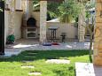 Courtyard Banjole (Pula) - Accommodation 11372 - Apartments with pebble beach.