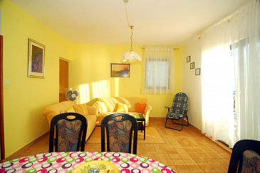 Apartment A-11379-a - Apartments Stanići (Omiš) - 11379
