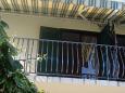 Maslinica, Balcony u smještaju tipa apartment, s pogledom na more.