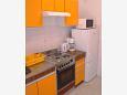 Kitchen - Apartment A-11432-b - Apartments Podgora (Makarska) - 11432