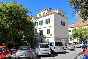 Property Split (Split) - Accommodation 11460 - Apartments with sandy beach.