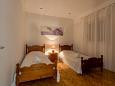 Bedroom 2 - House K-11482 - Vacation Rentals Vinišće (Trogir) - 11482