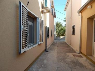 Property Zadar (Zadar) - Accommodation 11507 - Apartments near sea with pebble beach.