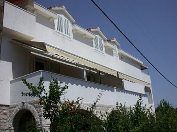 Property Veli Iž (Iž) - Accommodation 11546 - Apartments near sea.