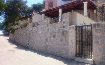 Property Puntinak (Brač) - Accommodation 11583 - Apartments near sea.
