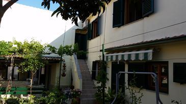 Property Kukljica (Ugljan) - Accommodation 11584 - Apartments near sea with pebble beach.