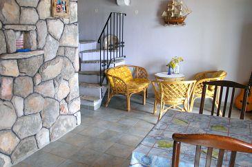 House K-11590 - Vacation Rentals Uvala Pernatice (Drvenik) - 11590