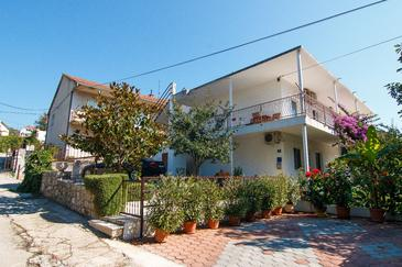 Property Marina (Trogir) - Accommodation 1160 - Apartments near sea with pebble beach.