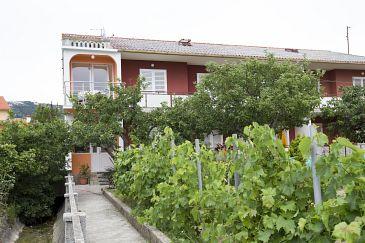Property Palit (Rab) - Accommodation 11613 - Apartments near sea.