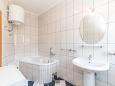Kaštel Kambelovac, Bathroom u smještaju tipa apartment, WIFI.