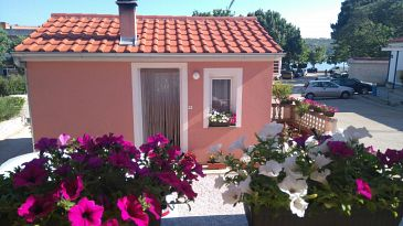 Property Posedarje (Novigrad) - Accommodation 11689 - Apartments near sea.