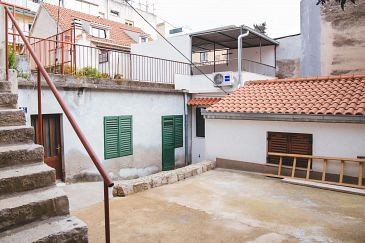 Property Split (Split) - Accommodation 11690 - Apartments with sandy beach.