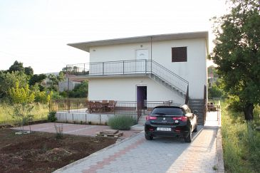 Property Gustirna (Trogir) - Accommodation 11703 - Apartments with pebble beach.