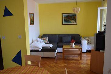 Apartment A-11728-a - Apartments Bol (Brač) - 11728