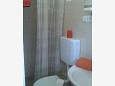 Kaštel Kambelovac, Bathroom u smještaju tipa studio-apartment, WIFI.