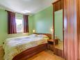 Bedroom 1 - Apartment A-11815-a - Apartments and Rooms Nerezine (Lošinj) - 11815