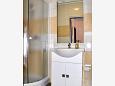 Bathroom - Apartment A-11859-b - Apartments Vrboska (Hvar) - 11859