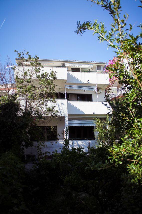 Apartmány s parkoviskom v meste Podgora - 11894