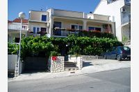 Apartments with a parking space Crikvenica - 12657