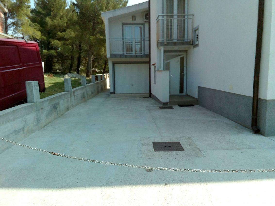 Apartmány s parkoviskom v meste Starigrad - 12992
