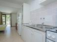 Gršćica, Kitchen u smještaju tipa studio-apartment, WIFI.