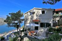 Apartments by the sea Novigrad - 14028