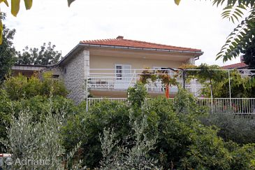 Property Hvar (Hvar) - Accommodation 141 - Apartments and Rooms near sea with pebble beach.