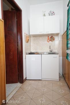 Kneža, Kitchen u smještaju tipa studio-apartment, WIFI.