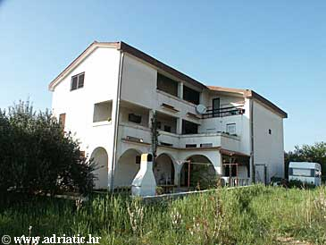 Property Novalja (Pag) - Accommodation 210 - Apartments and Rooms with pebble beach.