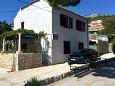 Parking lot Zaton Veliki (Dubrovnik) - Accommodation 2107 - Apartments near sea with pebble beach.