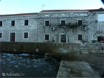 Property Lopud (Elafiti) - Accommodation 2170 - Rooms near sea with sandy beach.