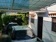 Seget Vranjica, Trogir, Parking lot 2195 - Vacation Rentals blizu mora with pebble beach.