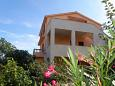 Property Mali Lošinj (Lošinj) - Accommodation 2198 - Apartments with pebble beach.